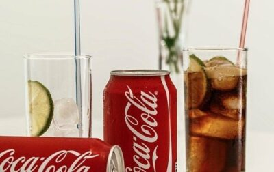 Cola soda is bad for teeth