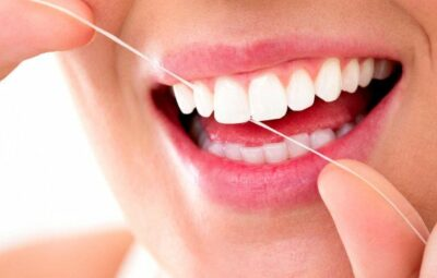What-is-the-proper-way-to-floss-your-teeth
